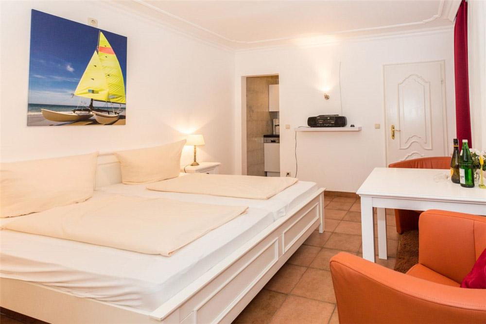 Haus Seewind Whg2 - Schlafzimmer