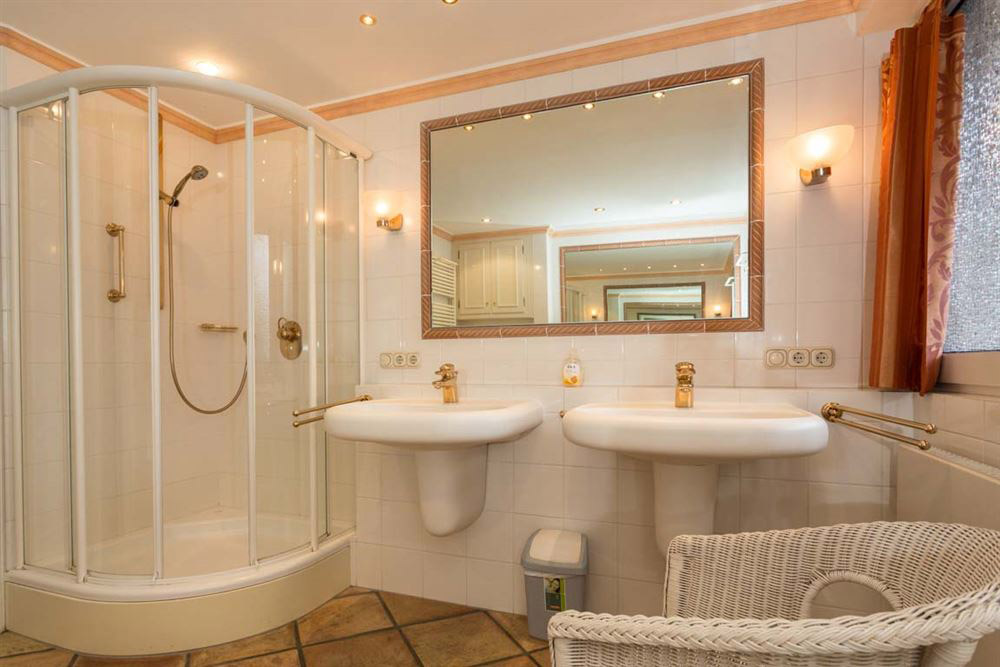 Haus Seewind Whg3 - Badezimmer